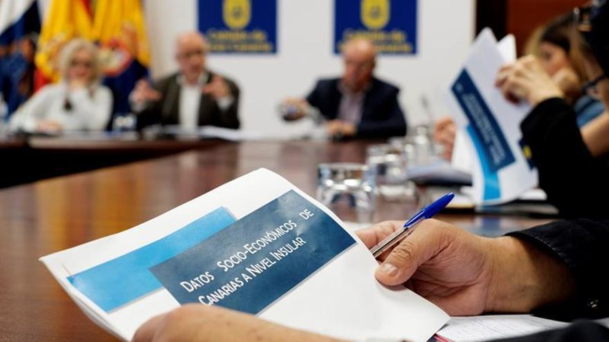 """El presidente del Cabildo de Gran Canaria, Antonio Morales (NC), ha rechazado hoy en rueda de prensa el """"neoinsularismo que se ha instalado en Canarias""""."""