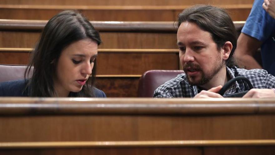 Iglesias y Montero defienden gastar su dinero en lo que quieran honradamente