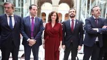 El desastre de las residencias en Madrid abre un boquete sin precedentes en el Gobierno de Ayuso