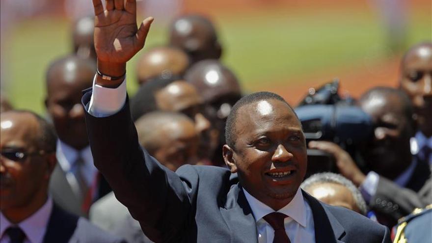 La Fiscalía de la CPI incluye matanzas a tiros entre los cargos contra el presidente de Kenia