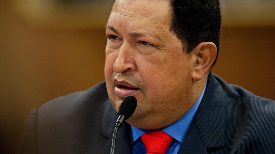 """Chávez ha pasado el día """"tranquilo y estable"""", dice ministro"""