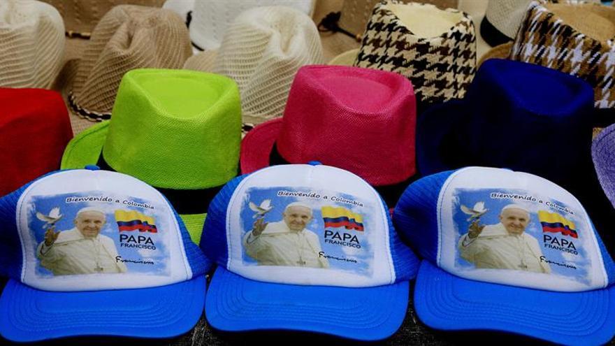 El papa viaja mañana a Colombia con un mensaje de concordia a la sociedad