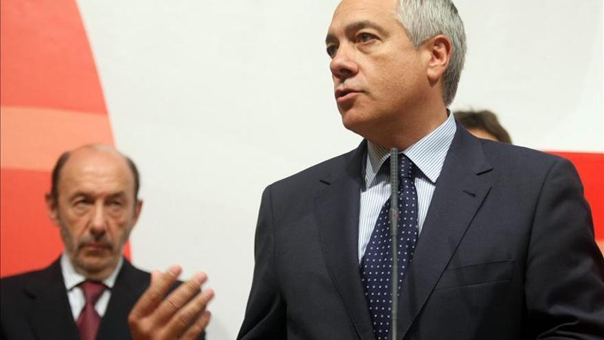 Rubalcaba y Navarro presentarán la reforma federal en un acto en Barcelona