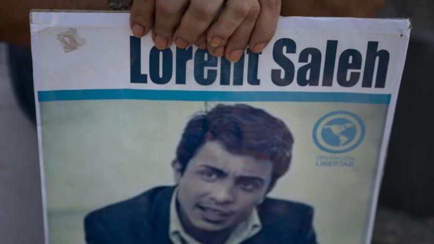 Saleh dice que pensó en suicidarse para defenderse ante las torturas del régimen