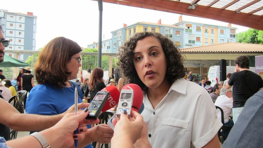 """Alba (Podemos) ve """"irresponsable"""" la actitud del Gobierno del PP en Cataluña y defiende para Euskadi el modelo escocés"""