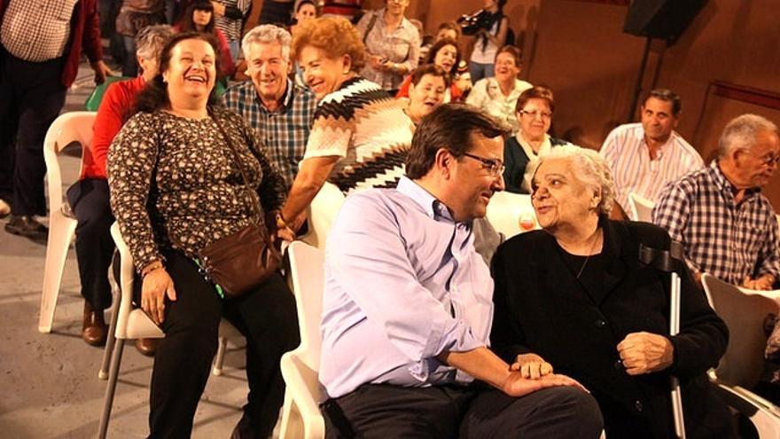 Vara, en un acto de campaña con militantes y simpatizantes / PSOE