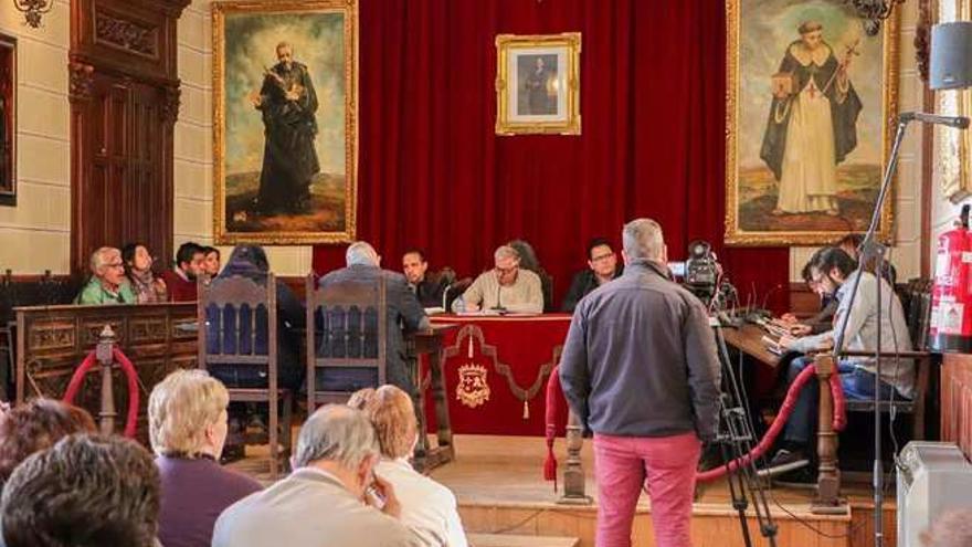 Pleno extraordinario en Almodóvar del Campo