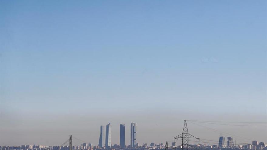 La UE puede reducir un 50 % la emisión de gases en 2030, según estudio