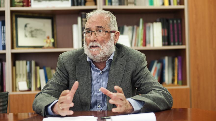 Ramón Ruiz, durante un momemtno de la entrevista concecida a eldiario.es.   JOAQUÍN GÓMEZ SASTRE