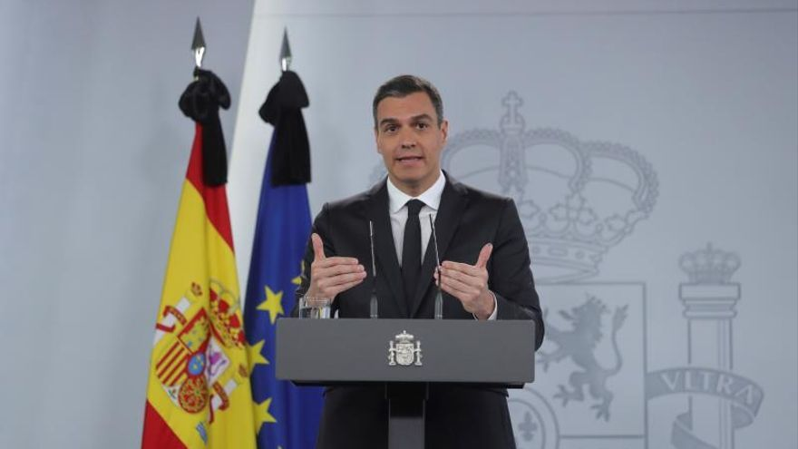 """Sánchez highlights the """"key"""" role of tourism in the economy"""