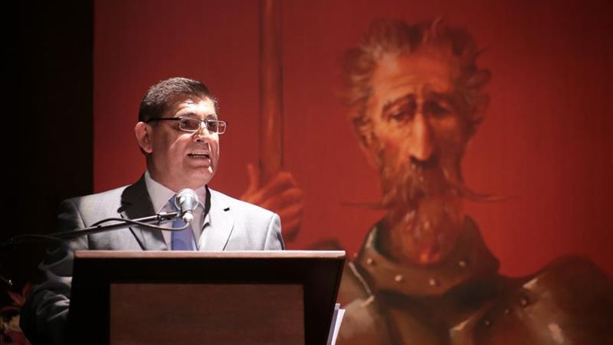 Secretario de Estado español expresa necesidad de cervantear la política