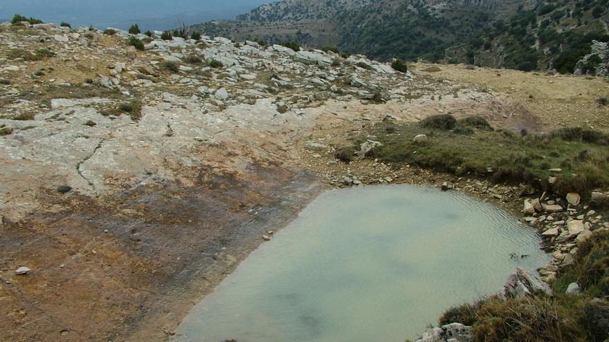 Punto de agua en Ares del Maestrat.