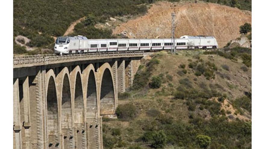 Tren Alvia S730