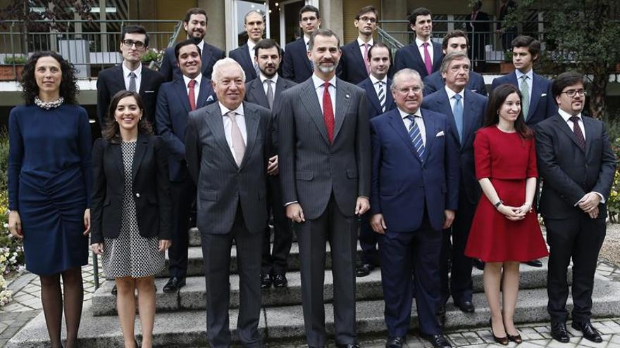 El Rey entrega hoy los despachos a la nueva promoción de diplomáticos