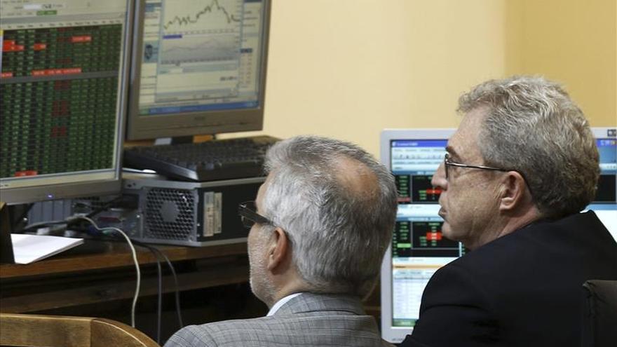 El IBEX sube un 1,05 % y toca los 11.000 confiado en un acuerdo sobre Grecia