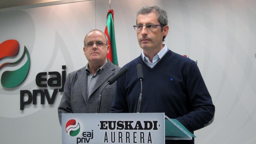 """PNV denuncia que Diputación de Gipuzkoa """"elude su responsabilidad"""" para que Kutxa continúe bajo control público"""