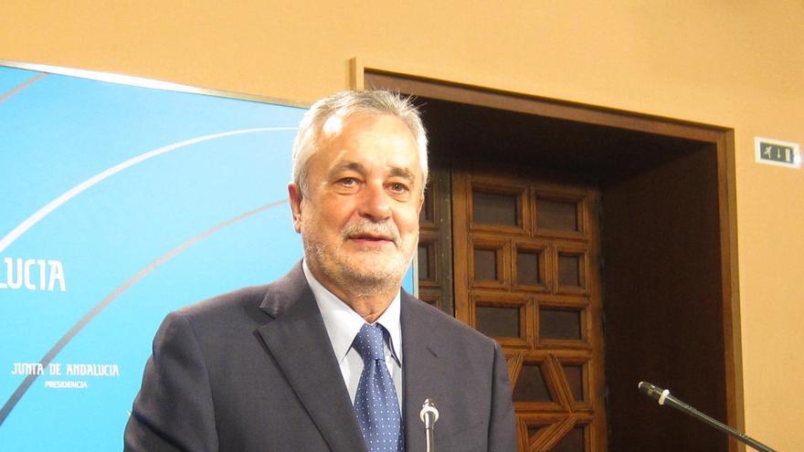 Griñán abrirá el próximo lunes con Zoido una ronda de contactos para impulsar el 'pacto por Andalucía'