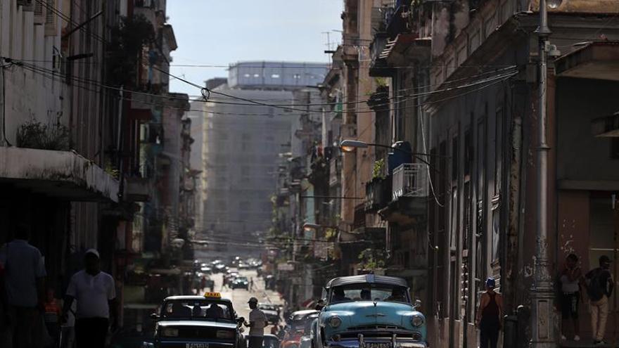 """Empresas de EEUU deben aprovechar la apertura en Cuba, pese al """"vacío jurídico"""""""