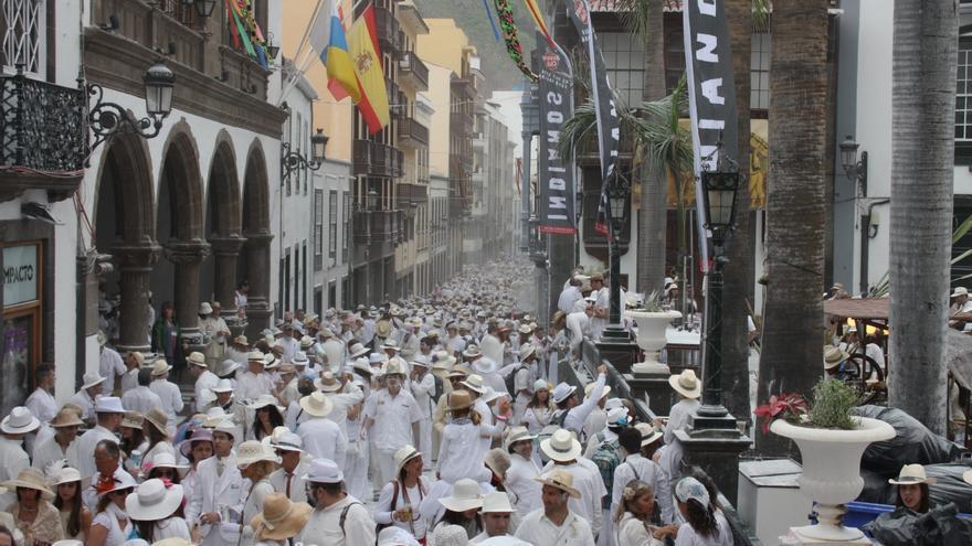 Imagen de archivo de Los Indianos 2013 en la Calle Real.