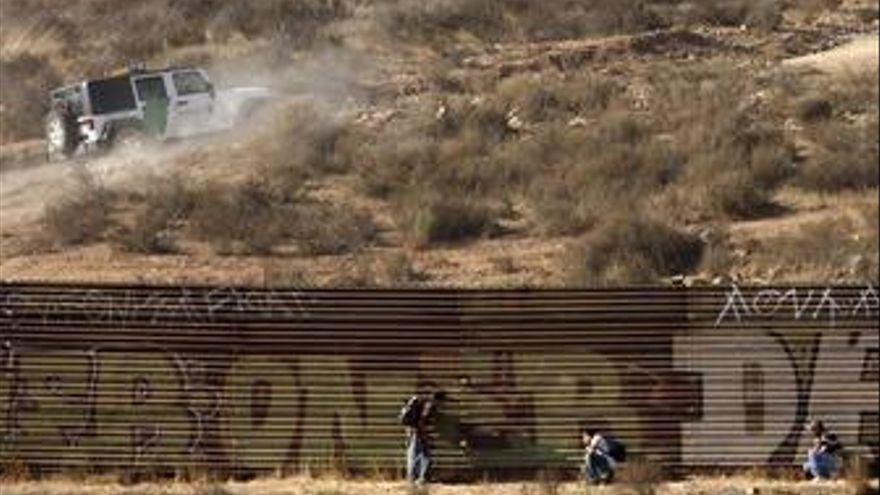 Paso fronterizo de EE.UU con México en Tijuana
