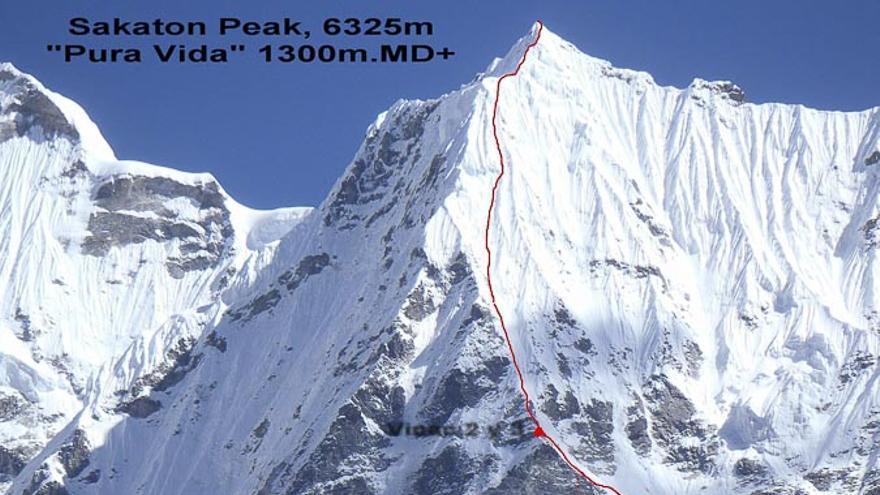 'Pura Vida' en el Sakaton Peak, Valle de Kysar, Nepal (© EEA / FEDME).