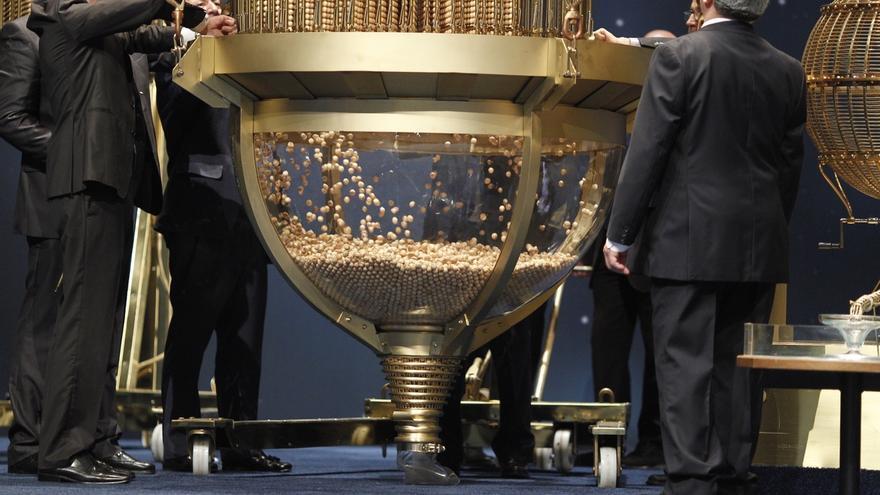 (Ampl) Cada cántabro gastará 73,23 euros de media en Lotería de Navidad, casi un 17% más