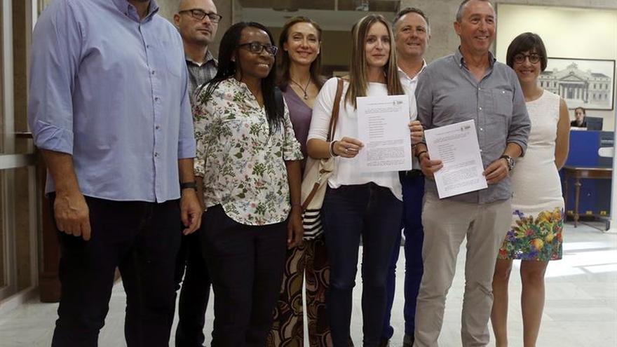 """'A la Valenciana' ve una """"provocación"""" que CDC tenga grupo propio y ellos no"""