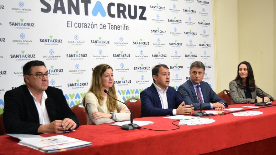Presentación de la campaña, este lunes, en el Ayuntamiento de Santa Cruz