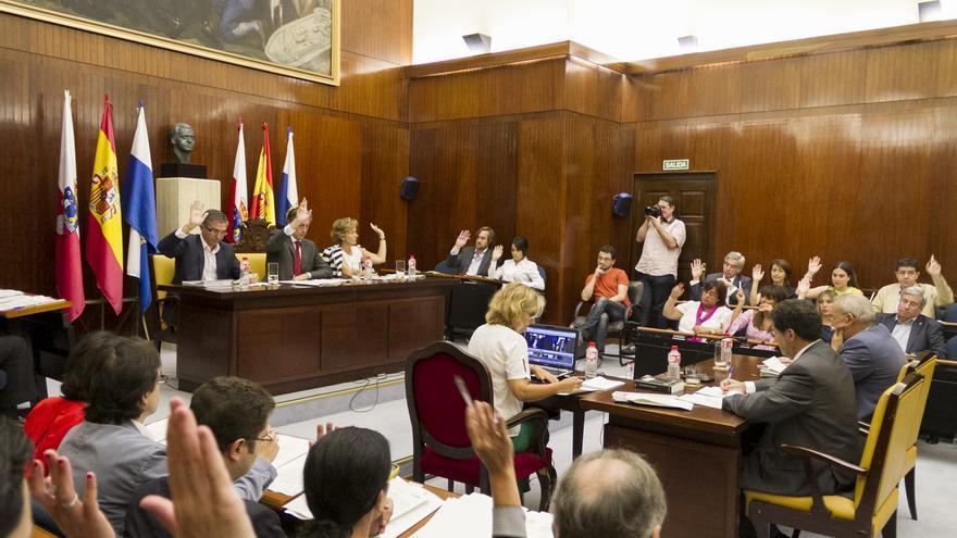 Las consignaciones de los concejales por asistencia a Pleno son de 280 euros.