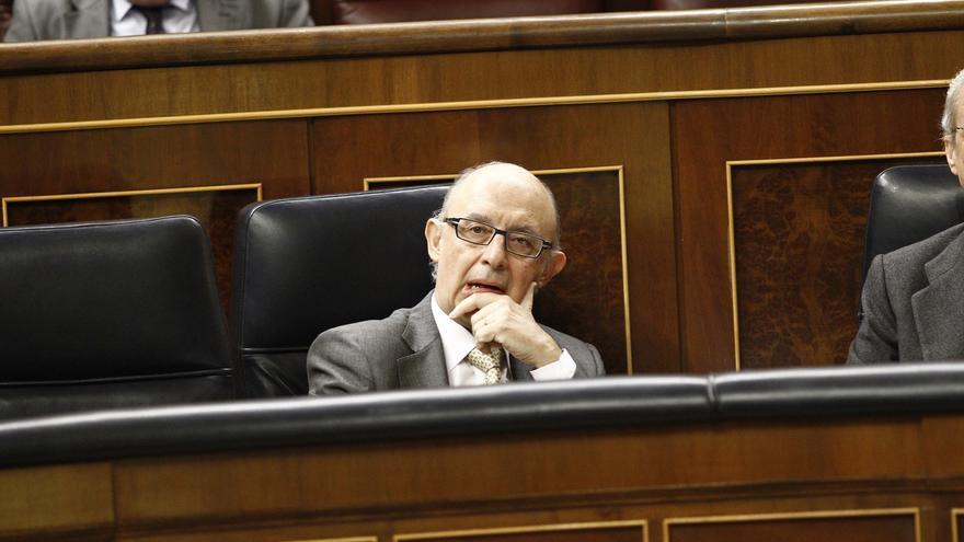 El PSOE pedirá cuentas a Montoro en el Congreso la próxima semana por el informe de la Agencia Tributaria