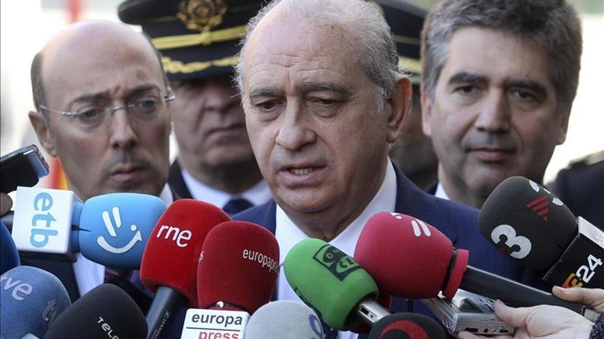 Fernández Díaz junto al director de la Policía, Ignacio Cosidó