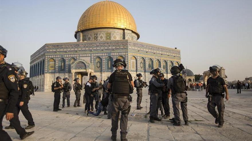 Israel restringe la entrada a Al Aqsa ante la tensión por el rezo musulmán del los viernes