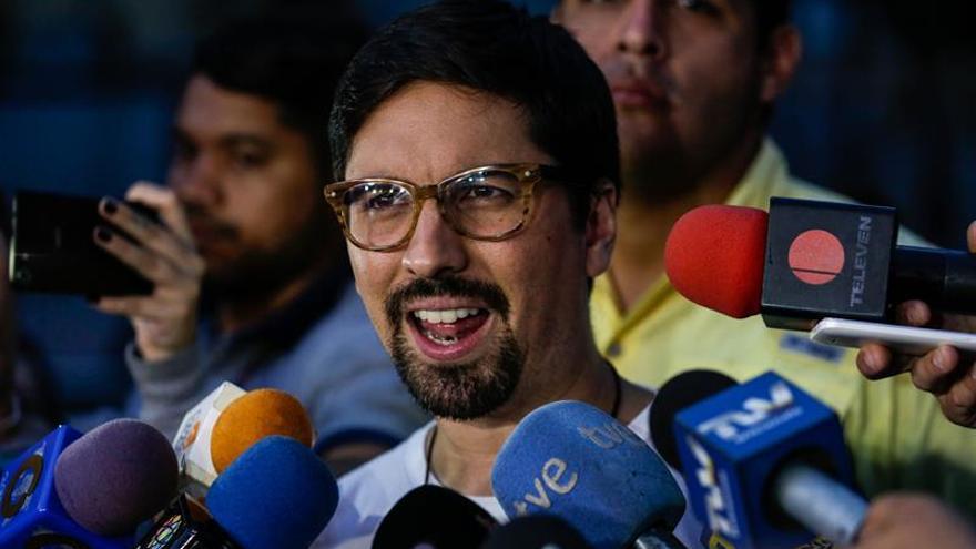 El Parlamento venezolano condena la detención de uno de los jueces que nombró