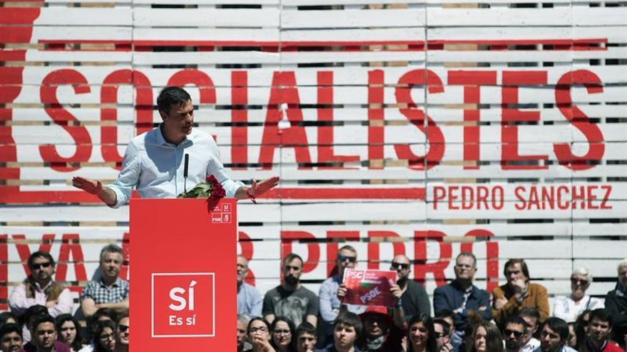Díaz llama a la unión de PSOE mientras Sánchez y López se centran en Cataluña