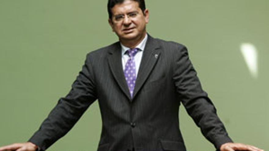 Manuel Lobo responderá este lunes a las preguntas de los lectores. (CANARIAS AHORA)