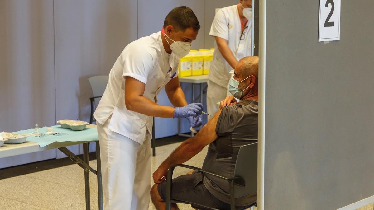 Vacunación en Canarias