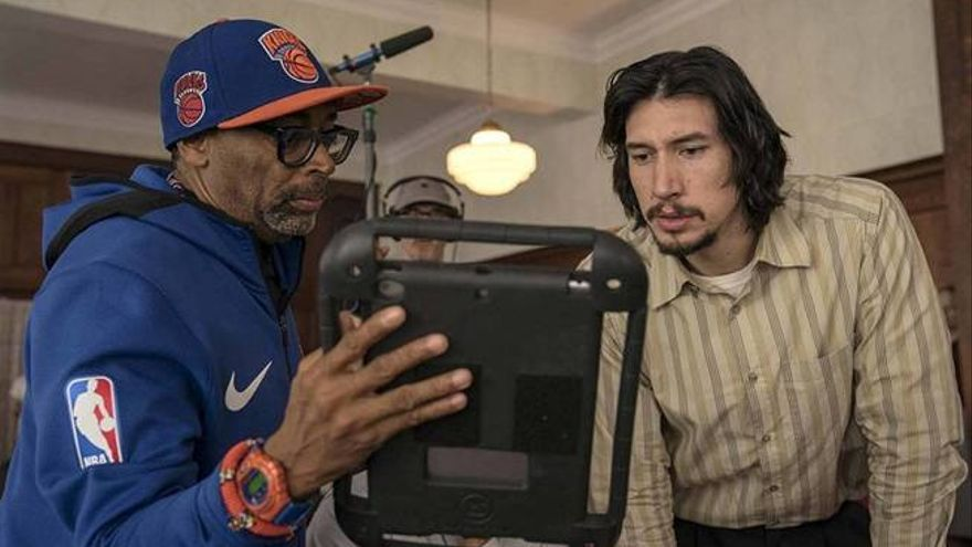 Spike Lee dirige a Adam Driver en 'Infiltrado en el KKKlan'. (Universal)