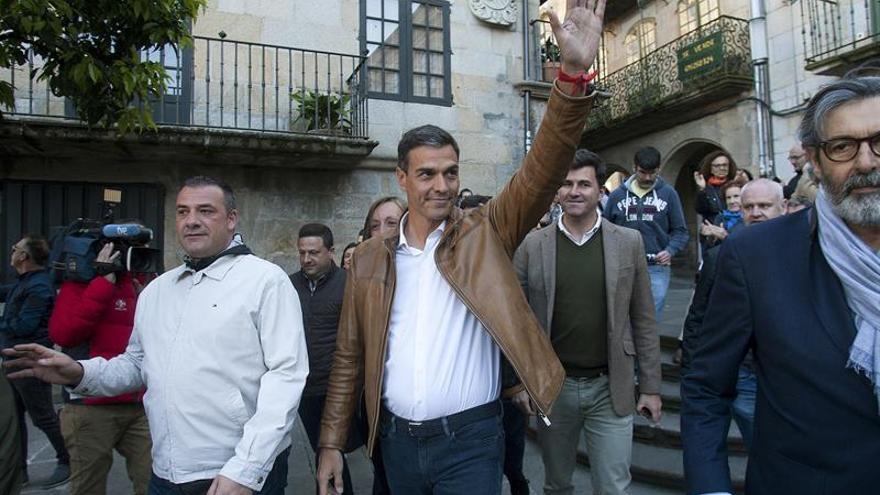 """Sánchez dice que en el PP """"no la paga quien la hace sino a quien pillan"""""""