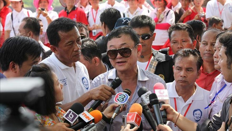 La junta militar acusa de lesa majestad al ex primer ministro de Tailandia