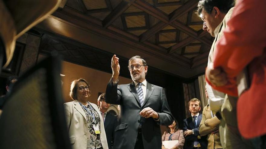 Rajoy garantiza que los objetivos de déficit de las CCAA serán flexibilizados