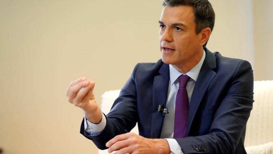 """Sánchez dice que Torra tiene que hacer primero """"llamadas de tarifa urbana"""""""