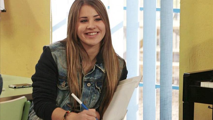 """Lucía Gil actúa y compone la banda sonora de la nueva serie """"Yo quisiera"""""""
