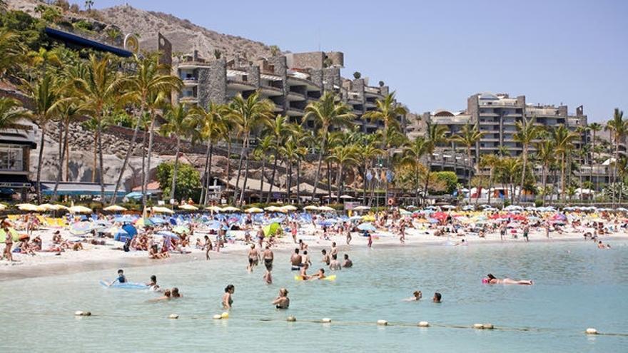La ocupación en el mes estrella del estío casi llega al 90% en las islas