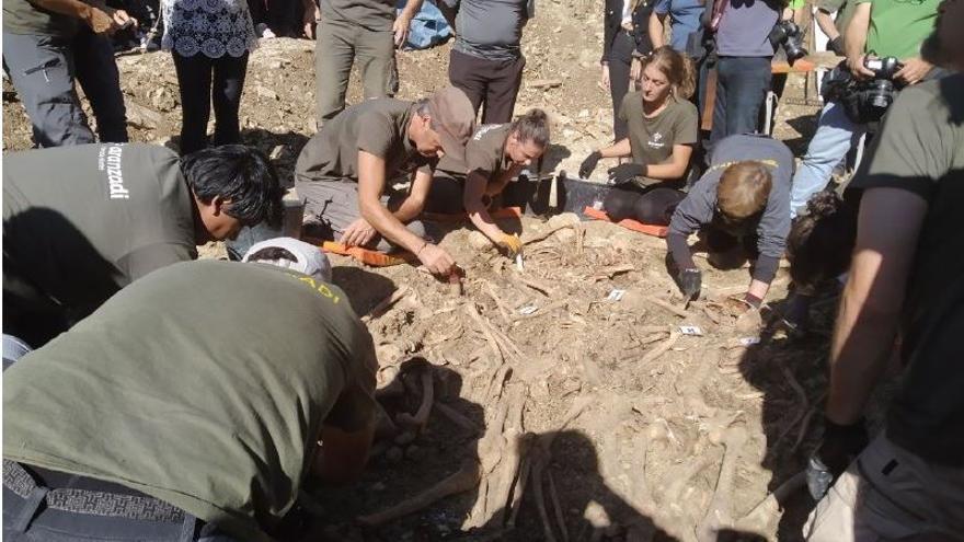Exhumación en Ollacárizqueta