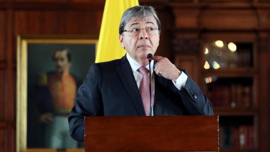 Duque designa al canciller Carlos Holmes Trujillo como ministro de Defensa