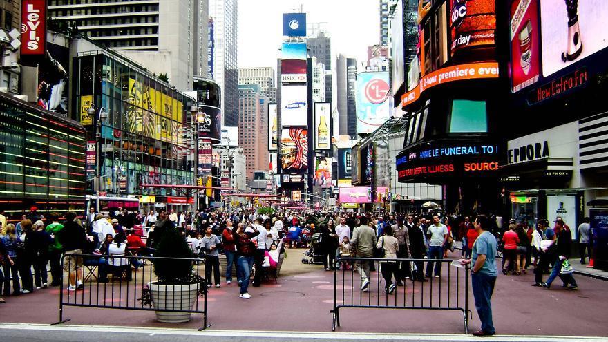 Sobredosis de información en Times Square. GRACIELA BERRINO