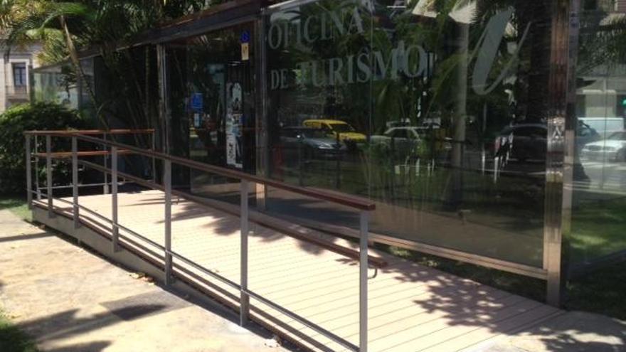 En la imagen, el Punto de Información Turística la 'Casita de Crista', situado a la entrada  de Santa Cruz de La Palma.