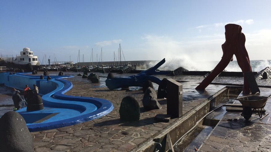 Instalaciones de la piscina municipal de Candelaria tras el temporal.