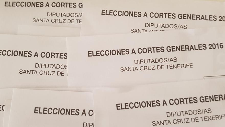 Papeletas al Congreso de Los Diputados de las elecciones general de 2016.