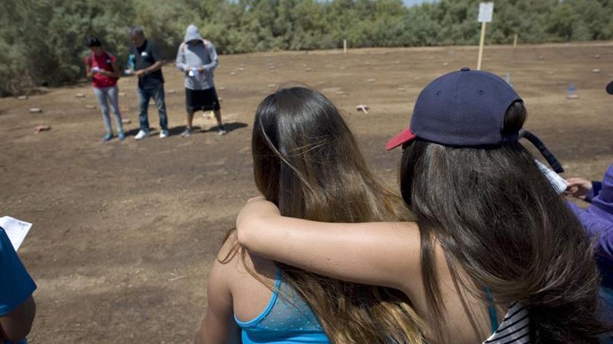 En desierto de EE.UU. se levanta un cementerio de inmigrantes sin nombre